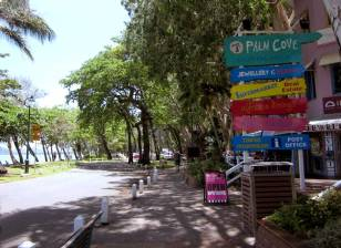 PALM COVE, Cairns, QLD